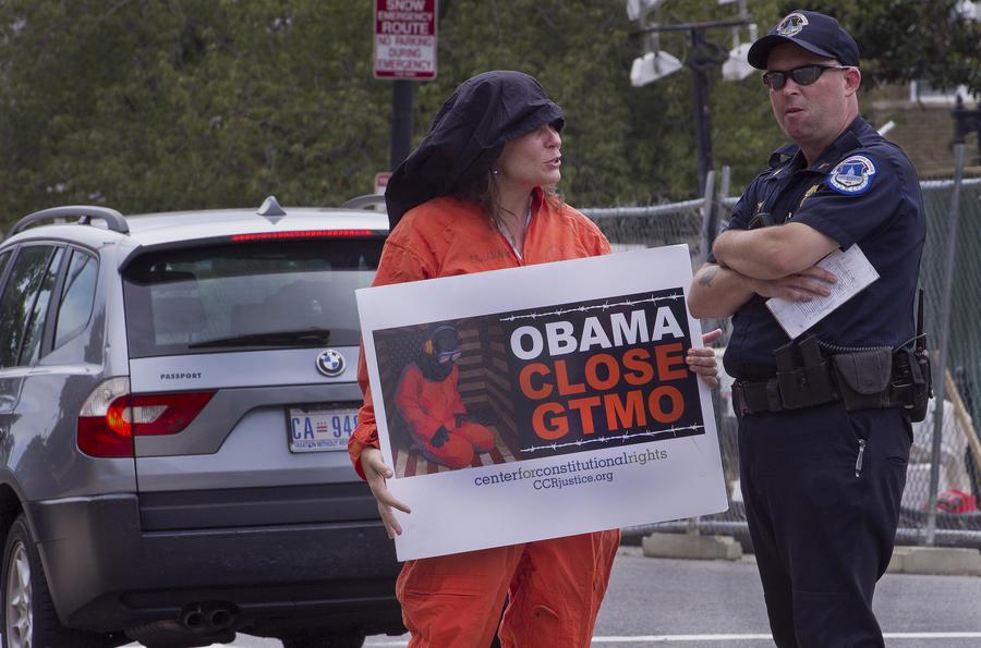 «Часы Гуантанамо» отсчитали 77 дней с момента, когда Обама пообещал выпустить часть заключённых