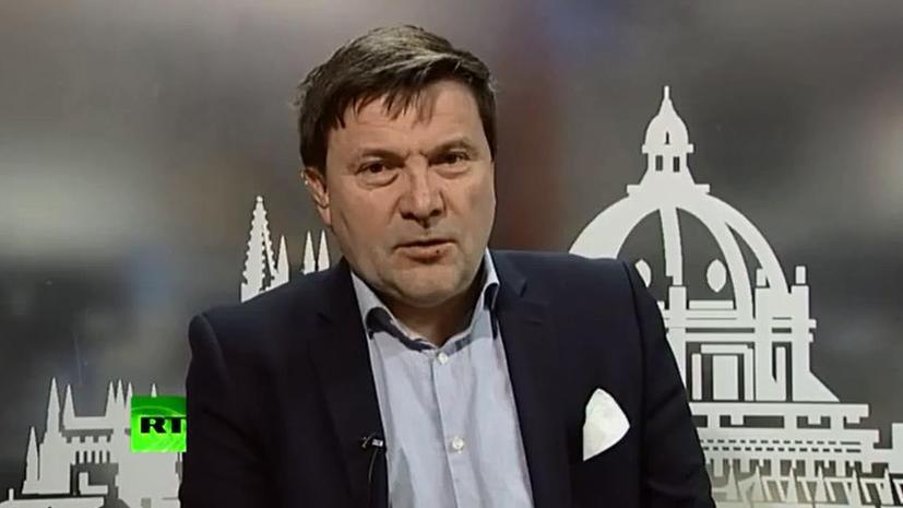 Британский журналист: США должны позвонить в Киев и приказать им остановить операцию на востоке страны