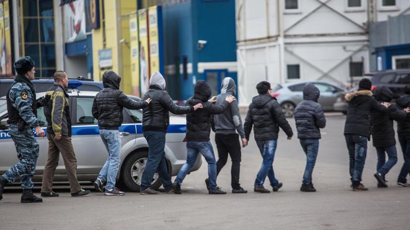 СМИ: Мигранты смогут получить гражданство России в обмен на службу в армии