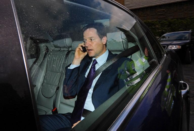 Британским чиновникам разрешили покупать iPhone
