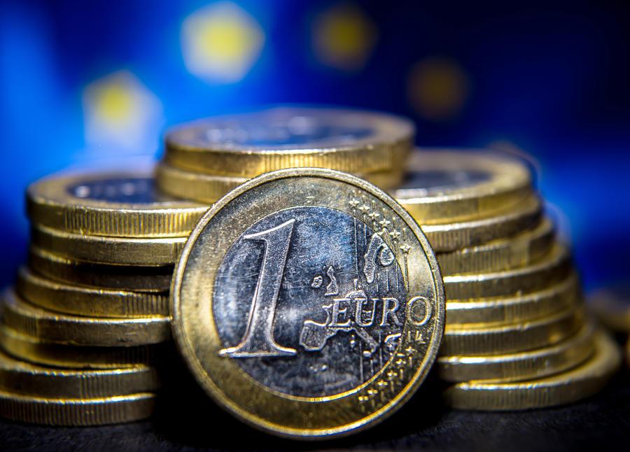 Goldman Sachs: К началу 2018 года стоимость евро по отношению к доллару может составить 90 центов