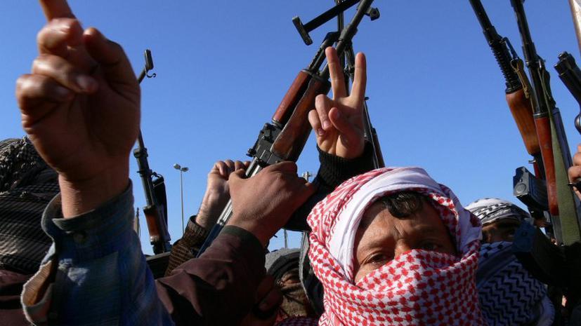 В Ираке тысячи суннитов ополчились на премьера-шиита