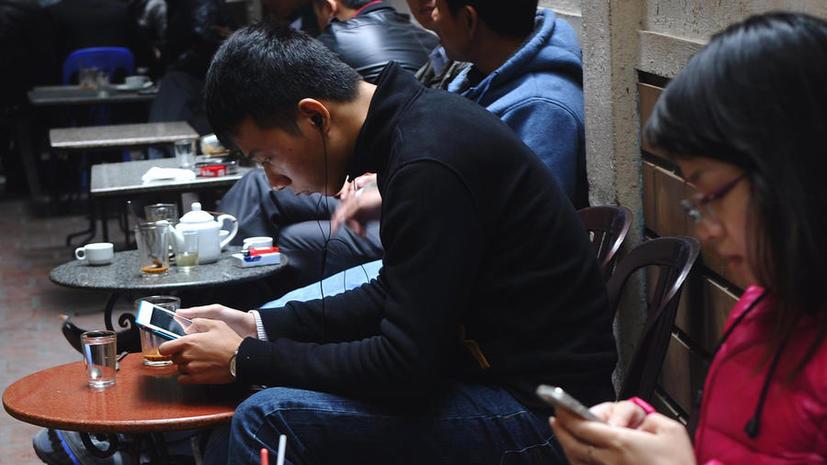 Правительство Вьетнама будет штрафовать за критику власти в Facebook