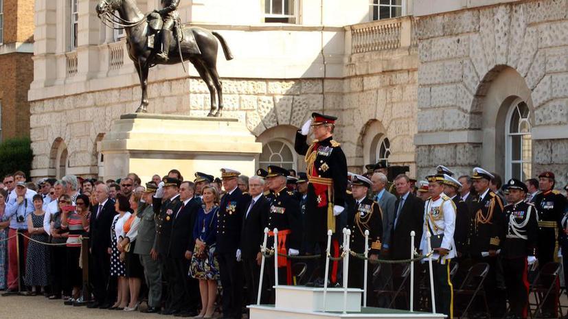 Великобритания предала огласке зарплаты высокопоставленных чиновников Министерства обороны