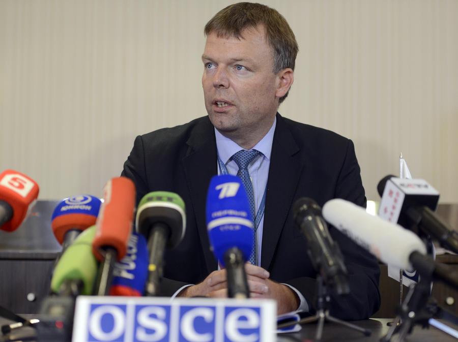 Замглавы миссии ОБСЕ: Пассажиры автобуса погибли от воздействия осколков высокой инерции