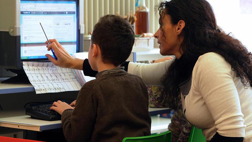 В США учителя обещают отменить экзамен за ретвиты