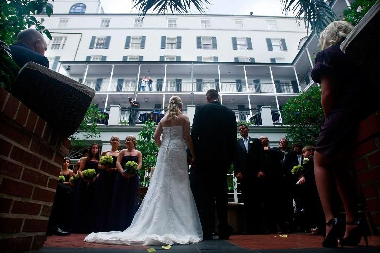 Британские юристы: роскошные свадьбы приводят к разводам