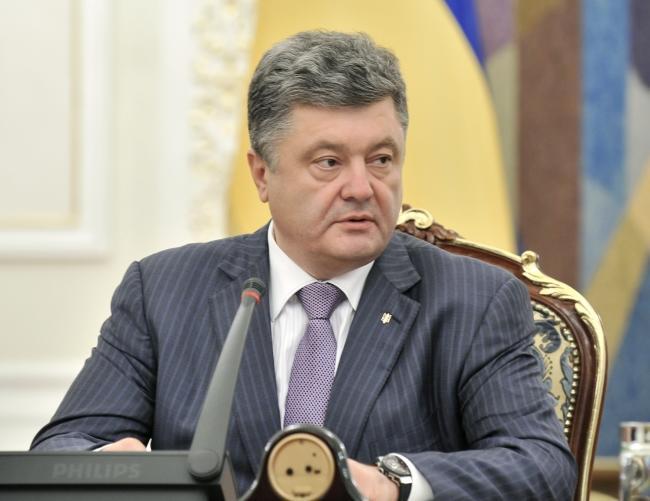 Порошенко не стал продлевать перемирие, ночью силовики обстреляли Краматорск