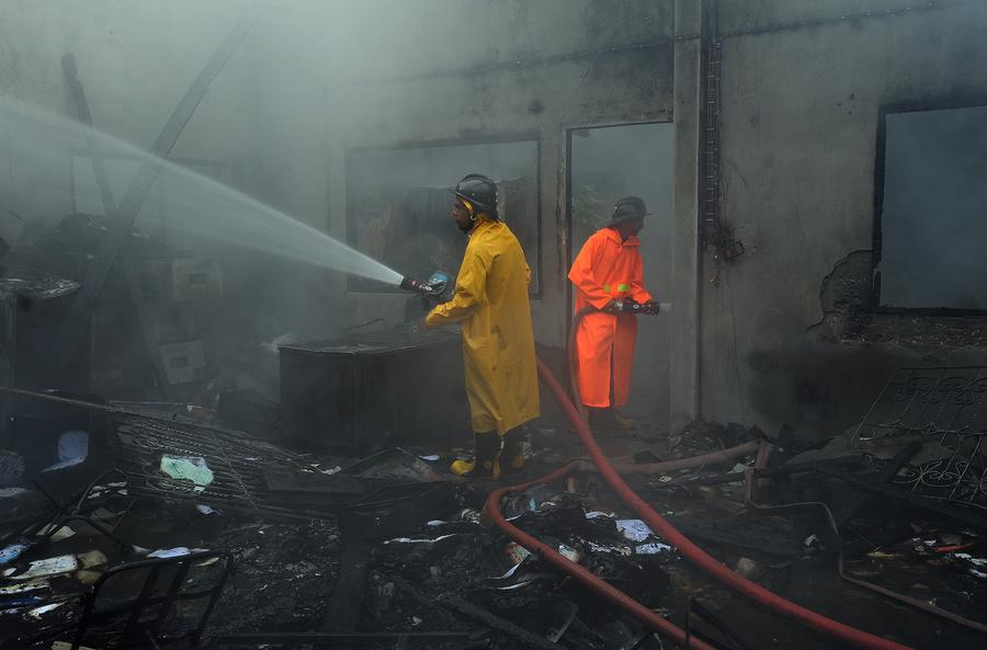 Более 40 человек погибли в Таиланде при пожаре в лагере беженцев
