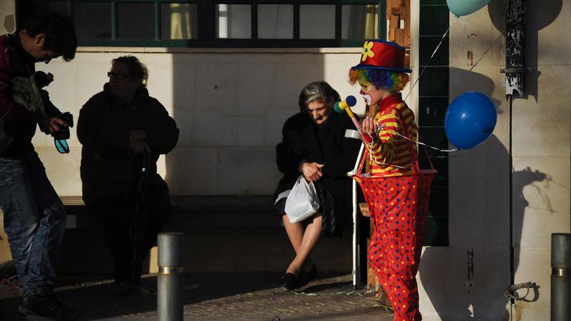 В Австралии ищут вооружённого клоуна, говорящего на непонятном языке