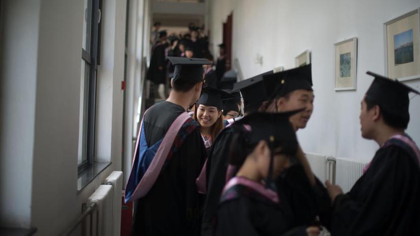 СМИ: Южнокорейские студенты предпочитают китайское образование американскому