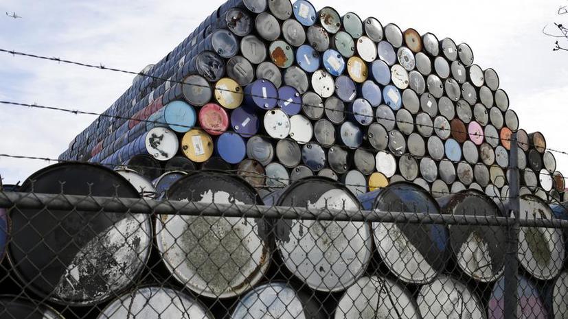 СМИ: Разжигая войну цен на нефть, Саудовская Аравия подрывает свою экономику