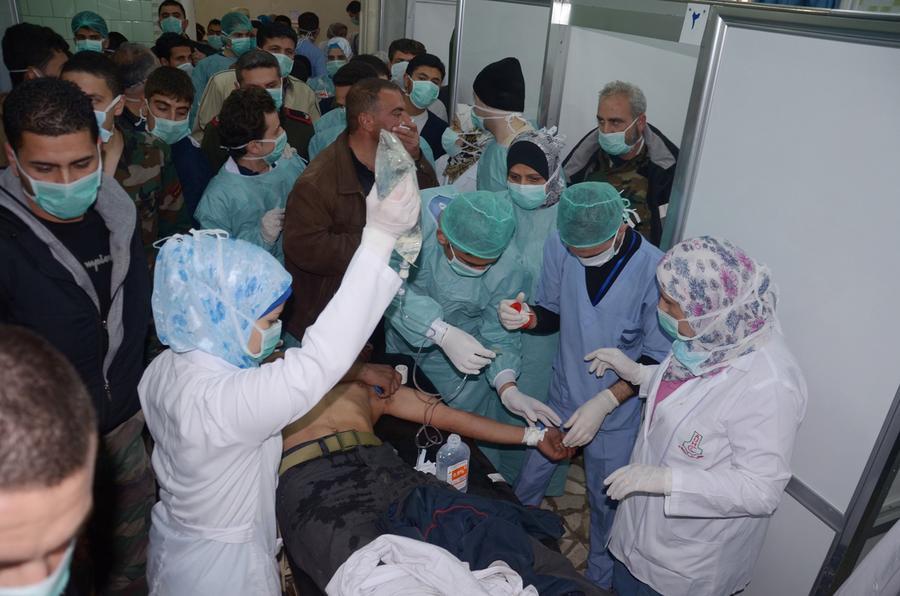 Очевидцы: в Алеппо было применено химическое оружие, пострадавшие испытывают трудности с дыханием