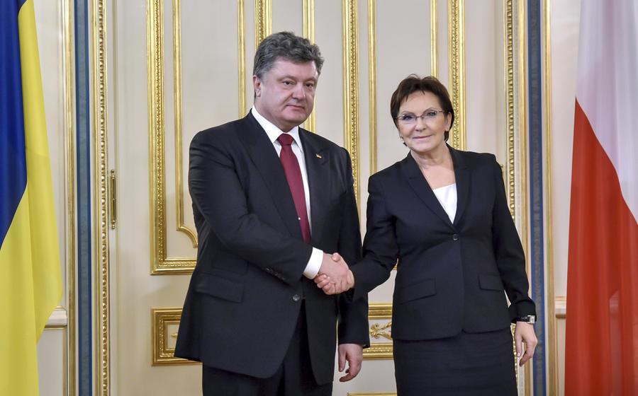 Премьер Польши пригласила Петра Порошенко на мероприятия в честь освобождения Освенцима