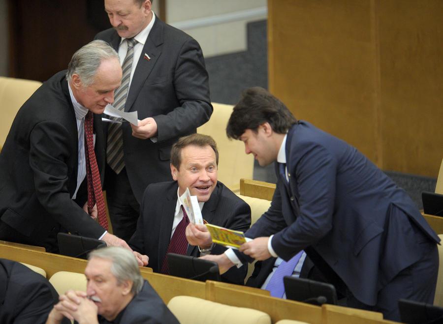 В Госдуме планируют продолжать бороться с матом в интернете