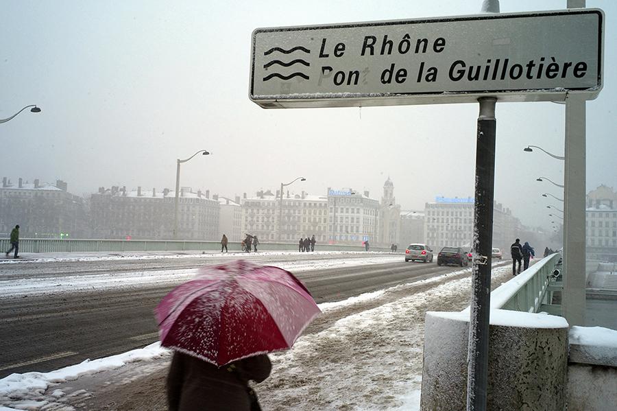 Заморозки и эпидемии сокращают население Франции