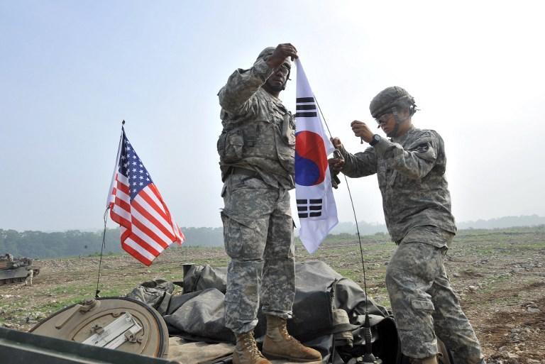 Южная Корея и США вновь приступили к военным учениям