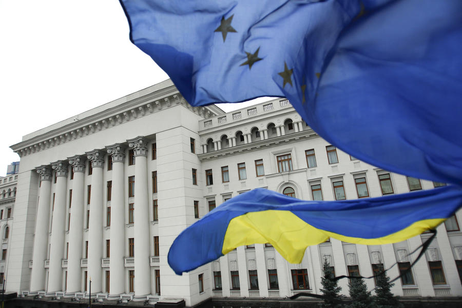 Британский эксперт: Политика ЕС на Украине — большая глупость