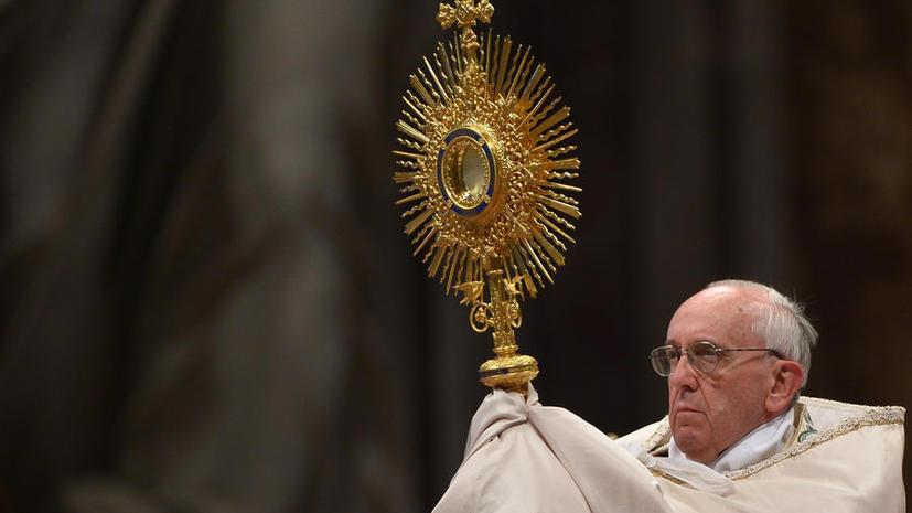 Папа Франциск призвал всех молиться за мир в Сирии