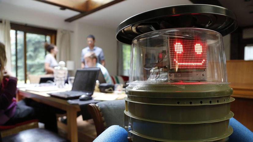 Говорящий робот намерен автостопом пересечь США