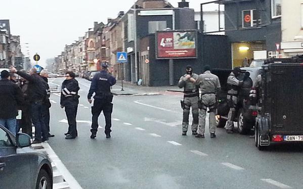 В бельгийском городе Гент вооружённые люди захватили заложников