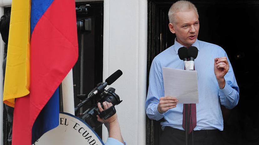 Основатель WikiLeaks Джулиан Ассанж примет участие в показе мод Бенджамина Вествуда