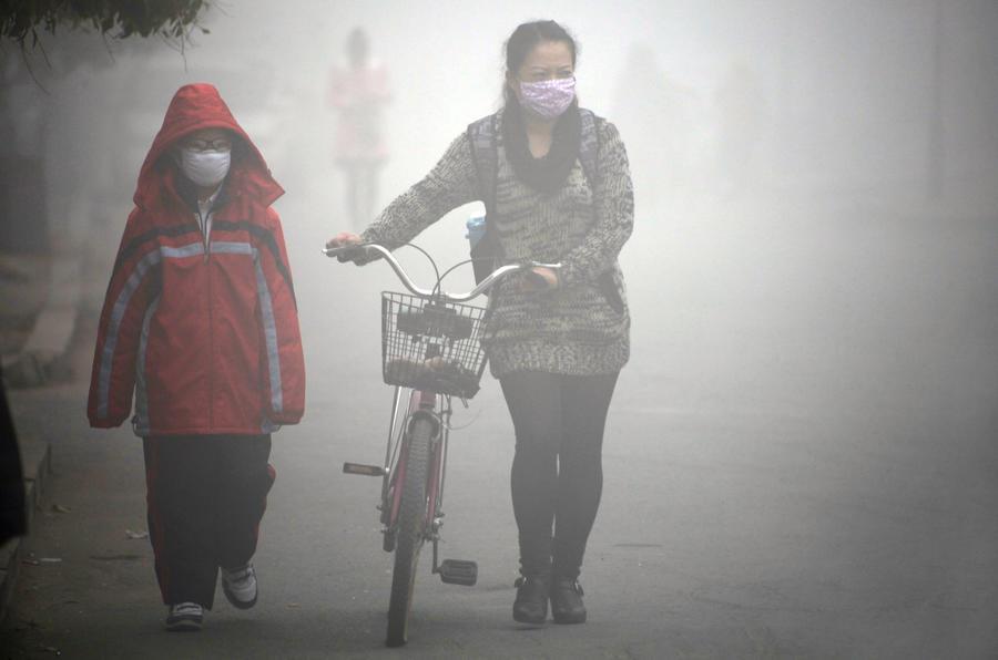В Китае туристам предлагают страховку от смога