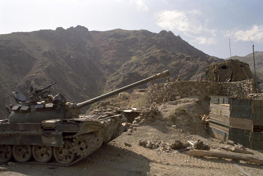 Британский генерал: Запад мог договориться с «Талибаном» 10 лет назад