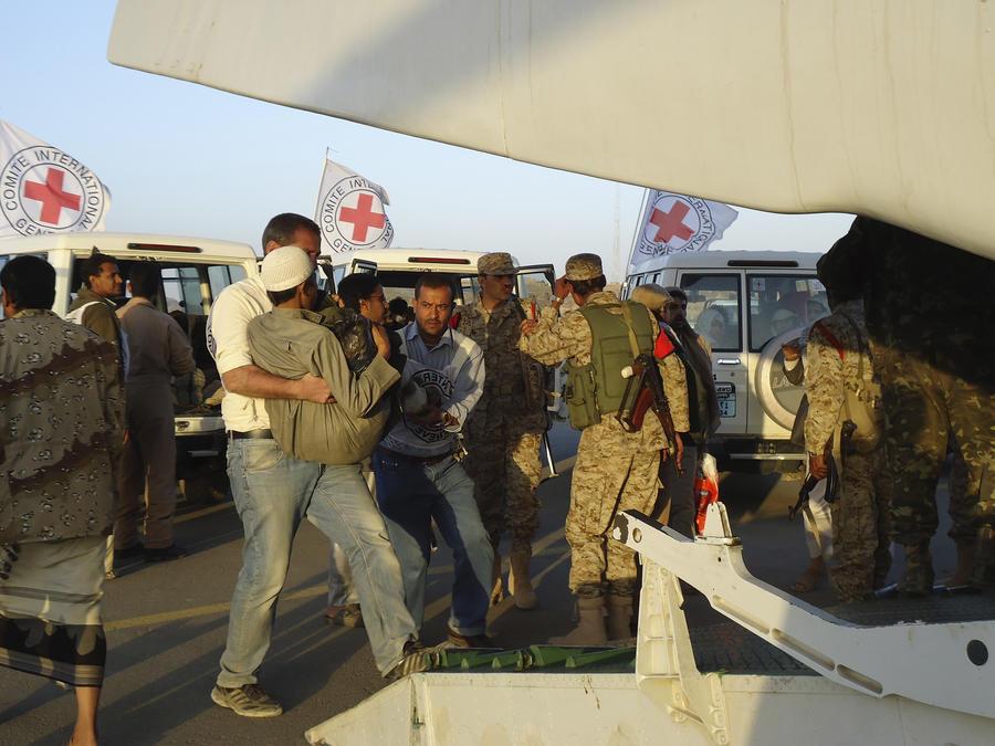 Представитель Красного Креста: В Йемене должна быть объявлена гуманитарная пауза в боевых действиях