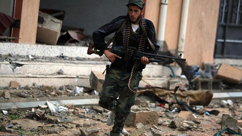 Ливийские боевики атактовали парламент, чтобы сорвать выборы премьер-министра