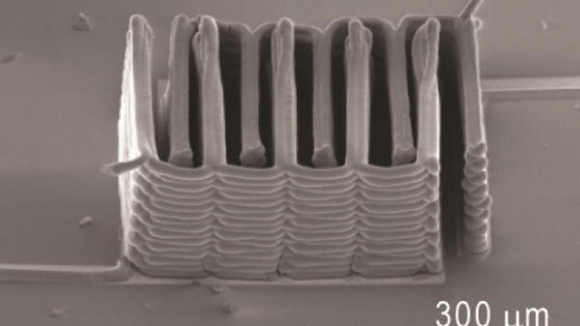 С помощью 3D-принтера распечатали самую маленькую в мире батарейку