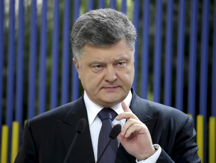 Киевская арифметика: Пётр Порошенко рассказал западным СМИ о «российских военных» в Донбассе