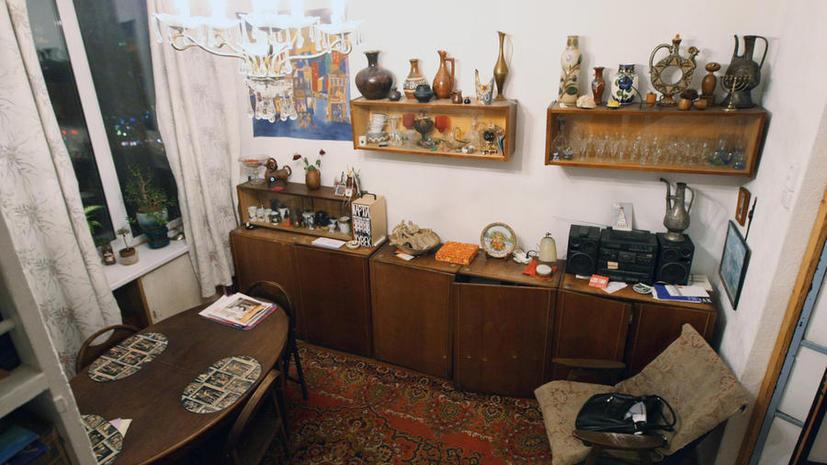 Депутатов Госдумы обязали спать на скрипучих белорусских кроватях