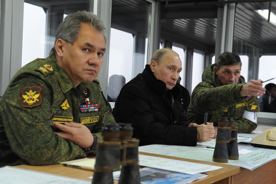 Владимир Путин приказал войскам, участвовавшим в военных учениях, возвращаться в места постоянной дислокации