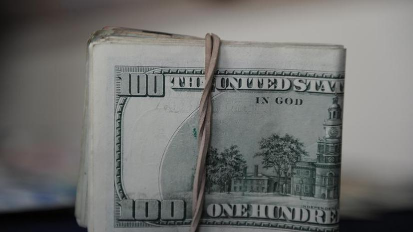 В США госслужащим могут выплатить и зарплаты, и пособия по безработице за время остановки правительства