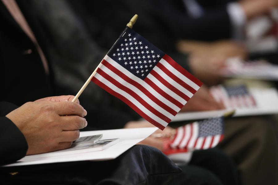 Социологи: 58% американцев не хотят, чтобы США вмешивались в конфликт на Украине