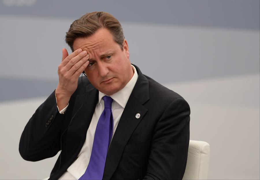 Премьер-министр Великобритании оставил в поезде секретные государственные документы