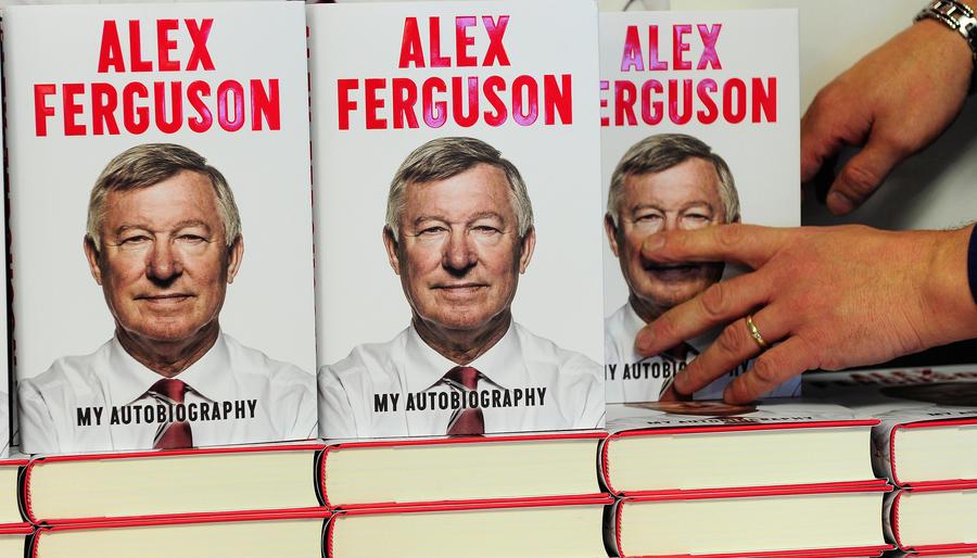 Британцу вернут деньги за автобиографию Алекса Фергюсона, в которой тот нашел 45 ошибок