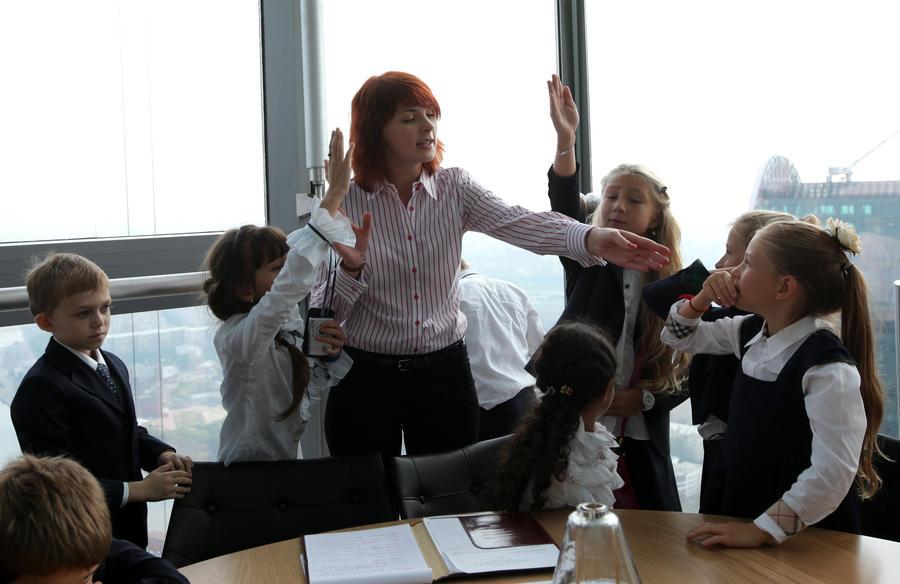 Депутат Госдумы приравнял публичное оскорбление педагога к преступлению