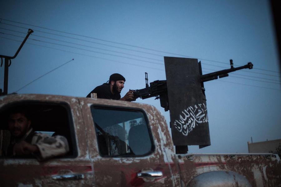 Сирийские исламисты не признают Национальную коалицию оппозиции и требуют шариата