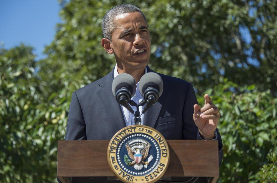 Барак Обама осудил насилие в Египте и призвал решать конфликт мирным путём