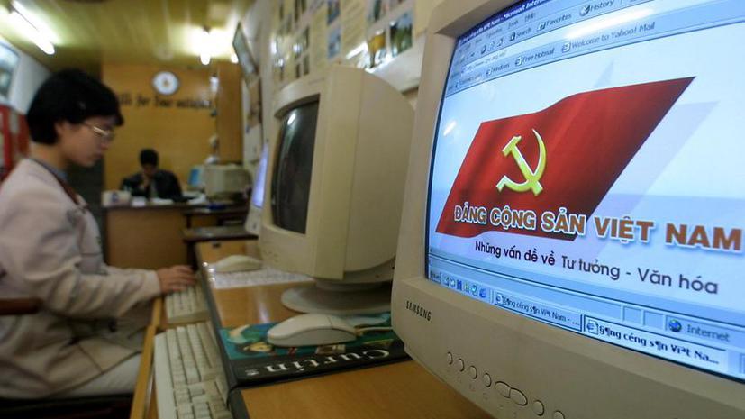 Во Вьетнаме запретили обсуждать политику в соцсетях