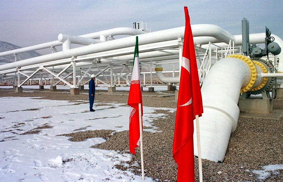 Турция продолжит закупать иранскую нефть в прежнем объеме