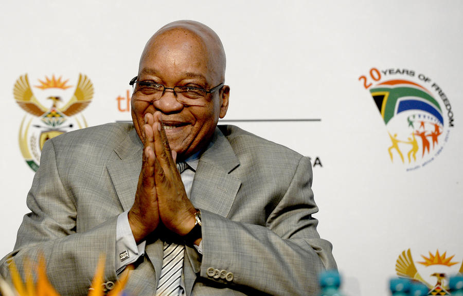 Жители ЮАР требуют отставки президента за растрату госфонда