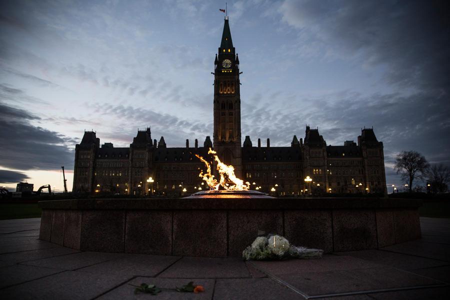 СМИ: После стрельбы в Оттаве Канада усилит сотрудничество с АНБ США