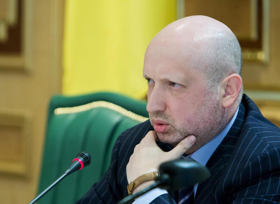 Турчинов приказал пересчитать голоса на выборах в Киевский горсовет, после того как его партия набрала всего 4%