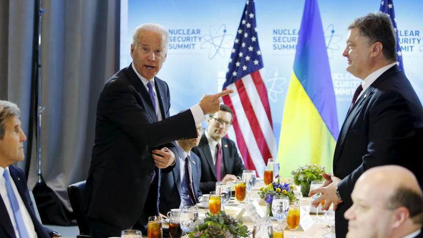 Кредиты в обмен на новое правительство: Байден встретился с Петром Порошенко