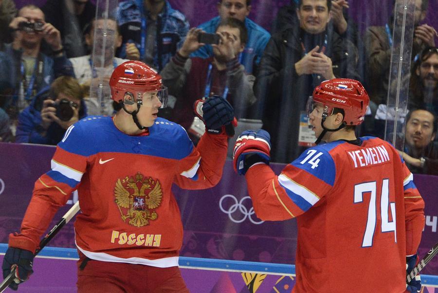 Российские хоккеисты выиграли свой дебютный матч Олимпиады в Сочи у сборной Словении – 5:2