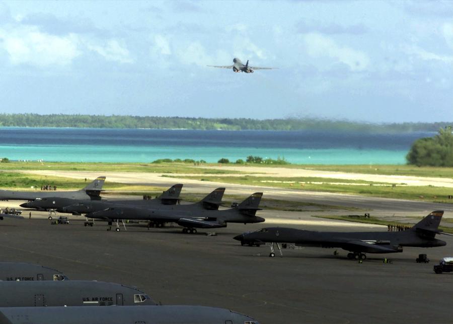 Бывший сотрудник Госдепа: ЦРУ использовало британский остров для допросов