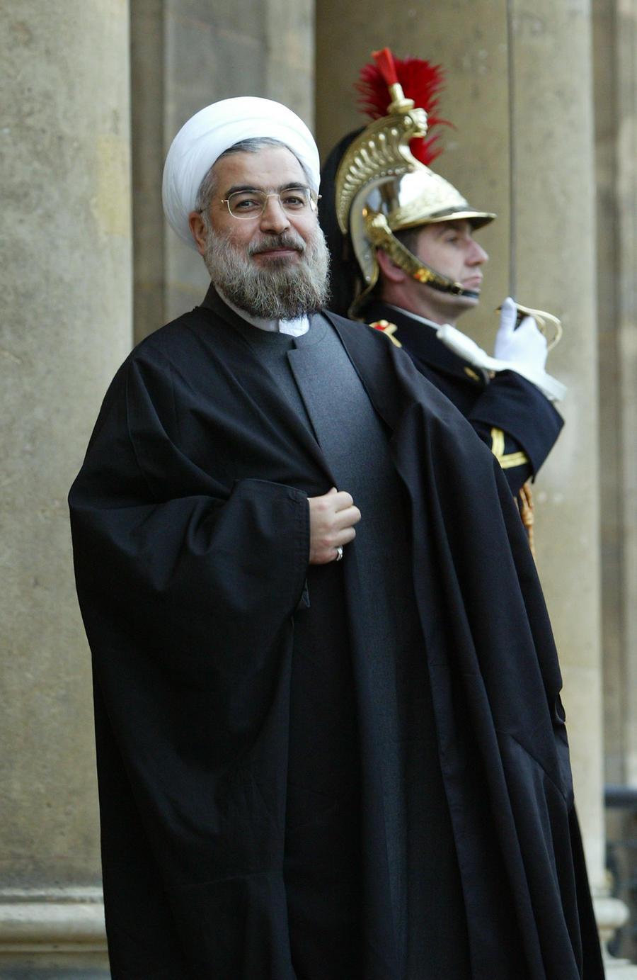 Хасан Роухани официально утверждён в должности президента Ирана